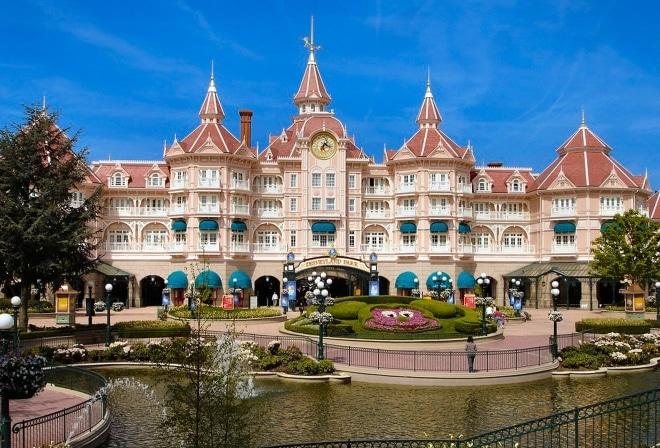 Tarifs Parking A Disneyland Paris Decouvrez Les Prix La Liste Des