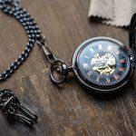 4 montres à gousset avec motif personnage de Disney