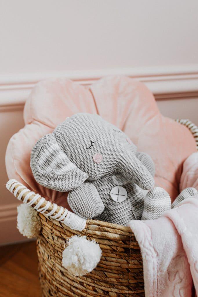 Offrir une peluche éléphant à son enfant : pourquoi il va adorer ?